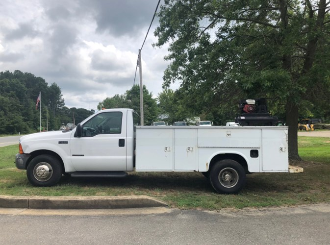 2000 Ford 7.3 DIESEL Service Truck For Sale