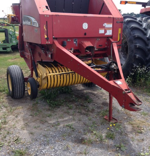 New Holland BR730 Baler-Round For Sale