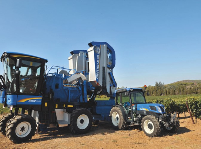 2017 New Holland 9040MA Grape Harvester-Self Propelled For Sale
