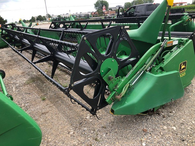 John Deere 930 Header-Auger/Flex For Sale