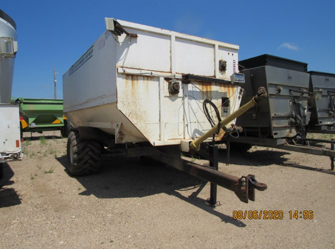Roto Mix 620-16 Feeder Wagon-Portable For Sale