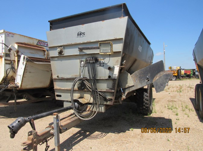 Meyerink Farm Service 480 Feeder Wagon-Portable For Sale
