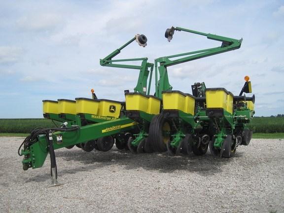 2012 John Deere 1760 Planter For Sale