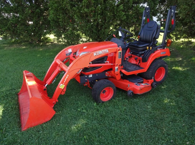 2015 Kubota BX2670TV60 Tractor - Compact Utility For Sale