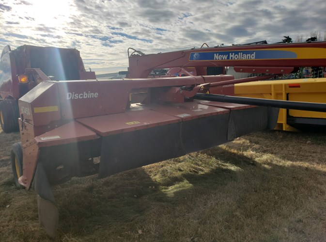 2010 New Holland H7450 Windrower-Pull Type For Sale