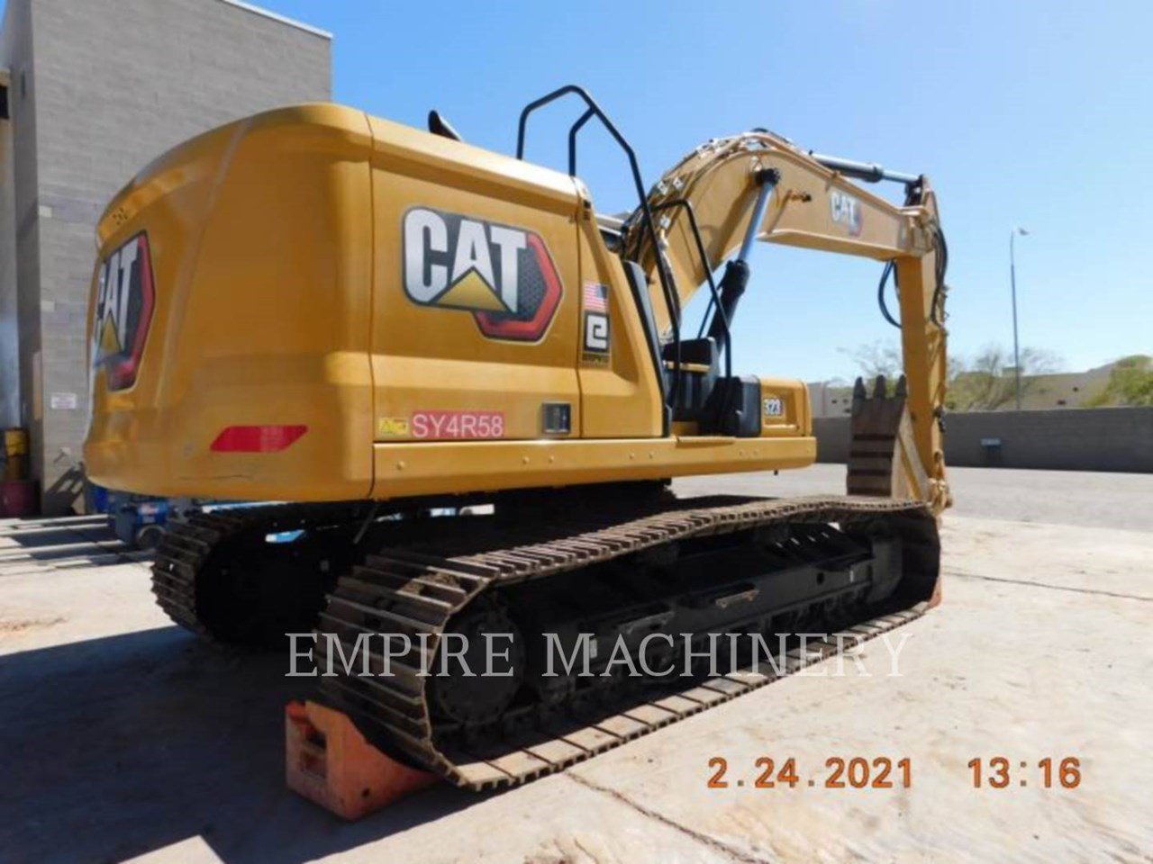 2020 Caterpillar 323-07   P Image 8
