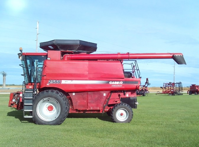 2008 Case IH 2588 Combine For Sale