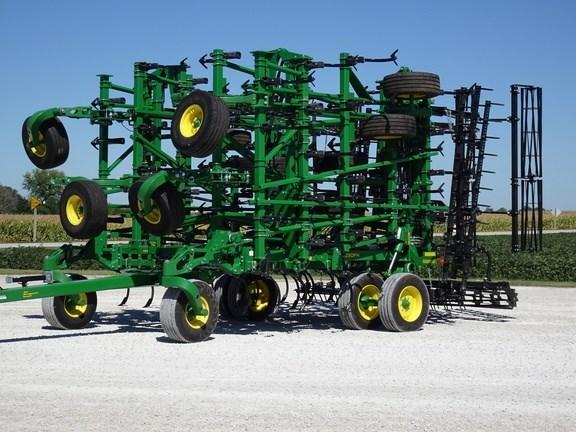 2018 John Deere 2230FH Field Cultivator For Sale