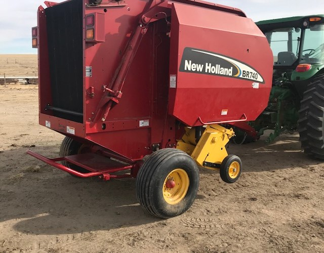 2006 New Holland BR740 Baler-Round For Sale