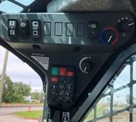 2021 John Deere 325G Thumbnail 5