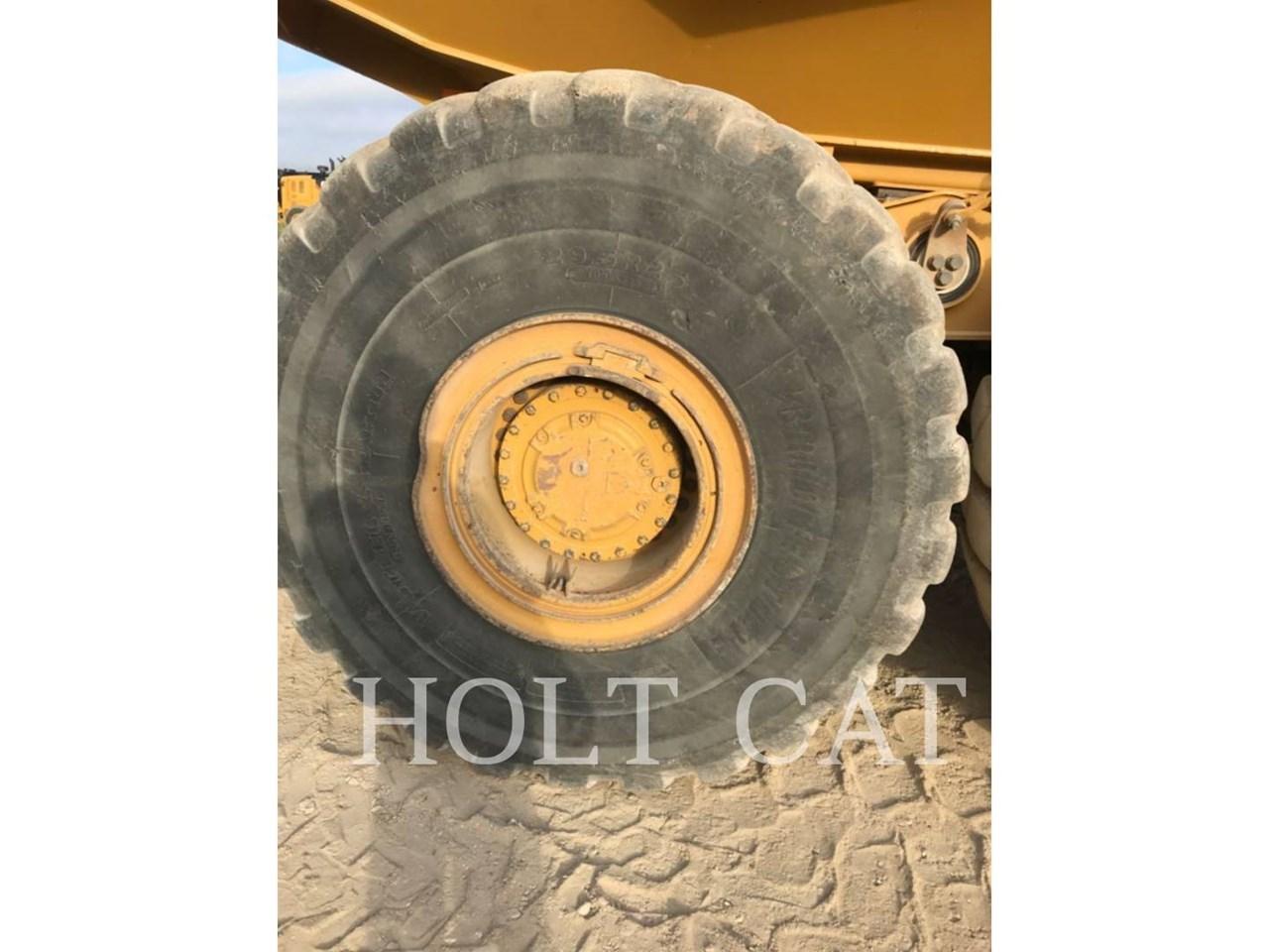 2018 Caterpillar 745 Image 10
