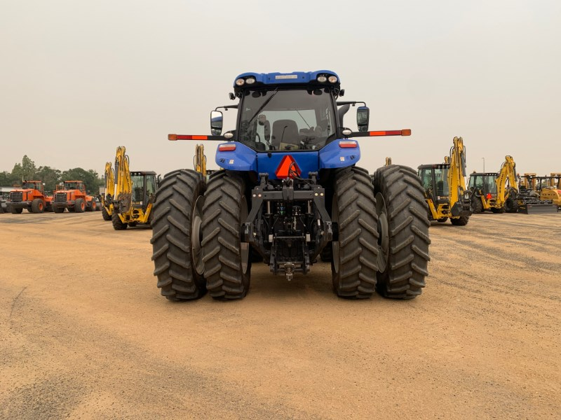 2020 New Holland T8.380 Image 4