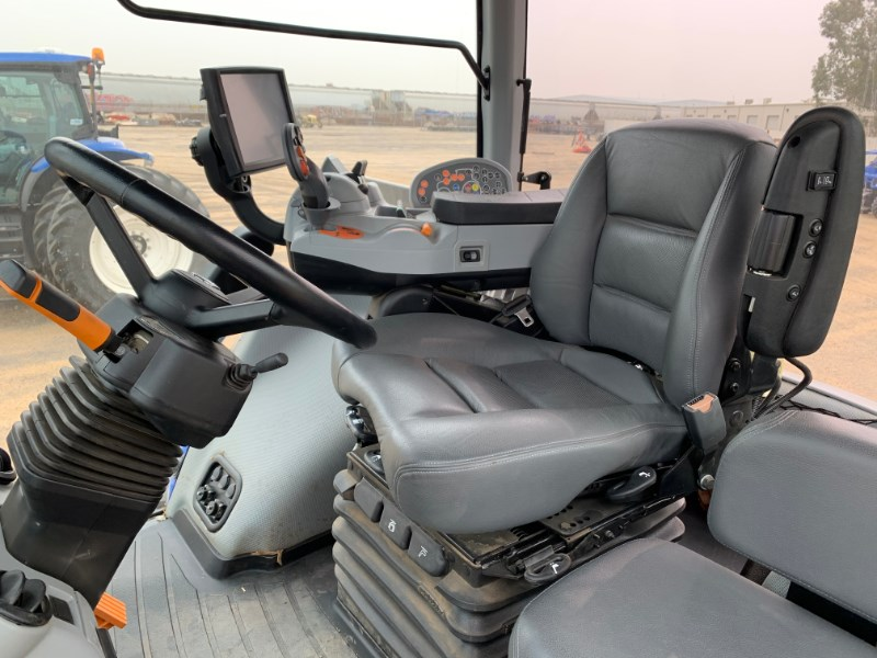 2020 New Holland T8.380 Image 10
