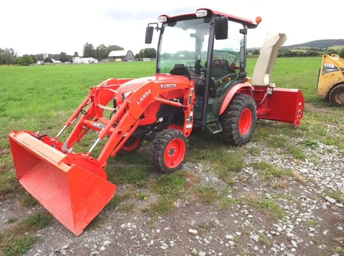 2014 Kubota B3350HSDC Tractor - Compact Utility For Sale