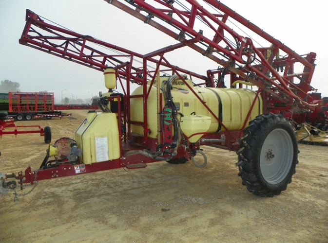 Hardi NAV1000M Sprayer-Pull Type For Sale