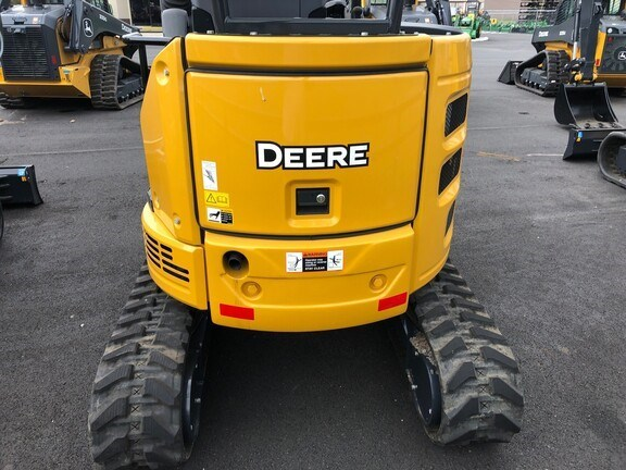 2021 John Deere 26G Image 3