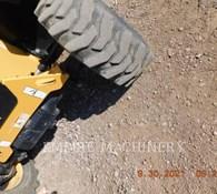 2019 Caterpillar TH255C Thumbnail 18