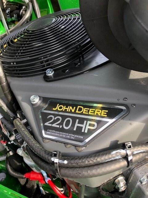 2021 John Deere 648R Image 9