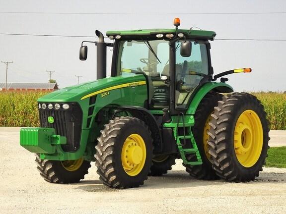 2010 John Deere 8270R Tractor - Row Crop For Sale