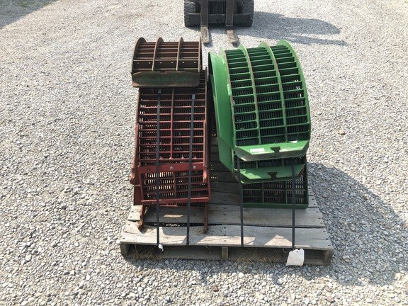 John Deere LARGE WIRE CONCAVES Image 3