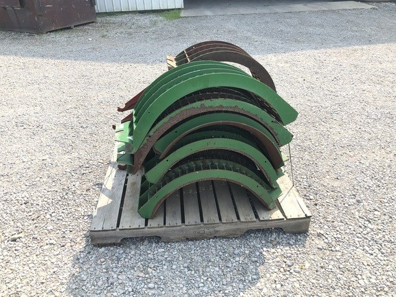 John Deere LARGE WIRE CONCAVES Image 4