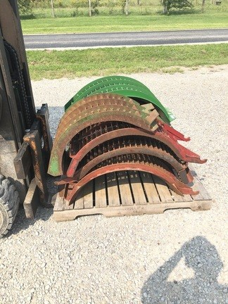 John Deere LARGE WIRE CONCAVES Image 6