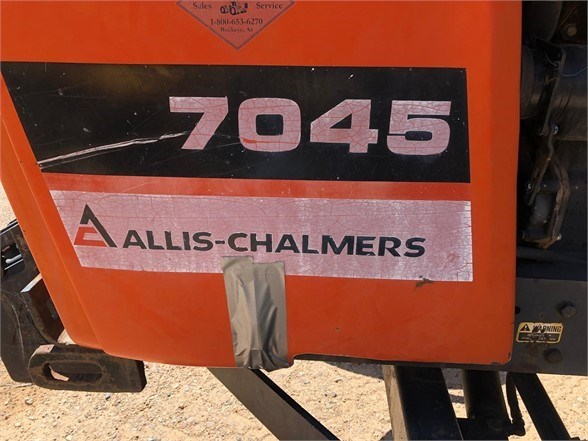 1979 Allis Chalmers 7045 Image 5