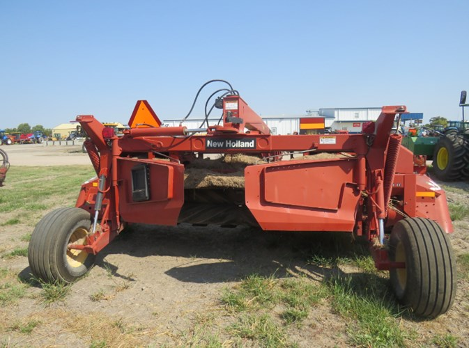 2006 New Holland 1441 Windrower-Pull Type For Sale