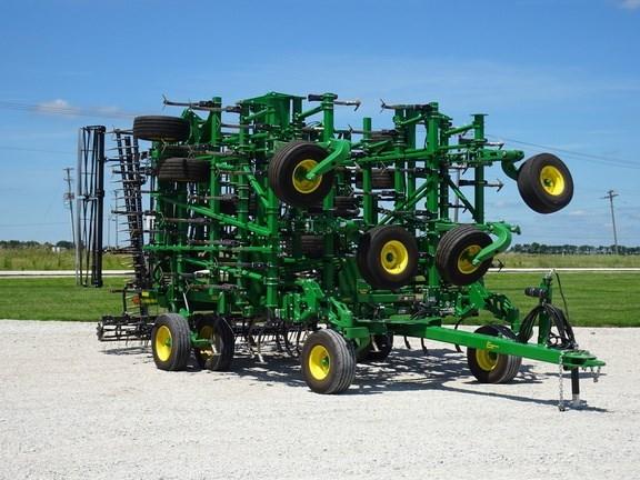 2020 John Deere 2230 Field Cultivator For Sale