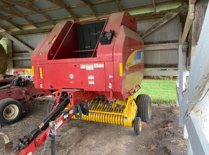 2009 New Holland BR7070 Baler-Round For Sale