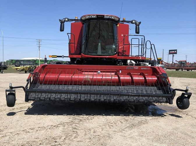 2018 Case IH 9240 + 3016 Combine For Sale