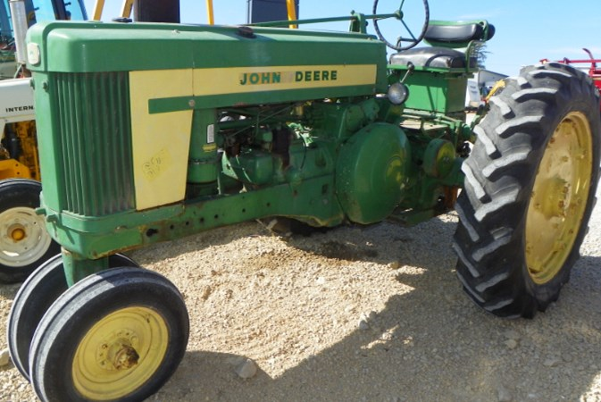 John Deere 620 Tractor For Sale
