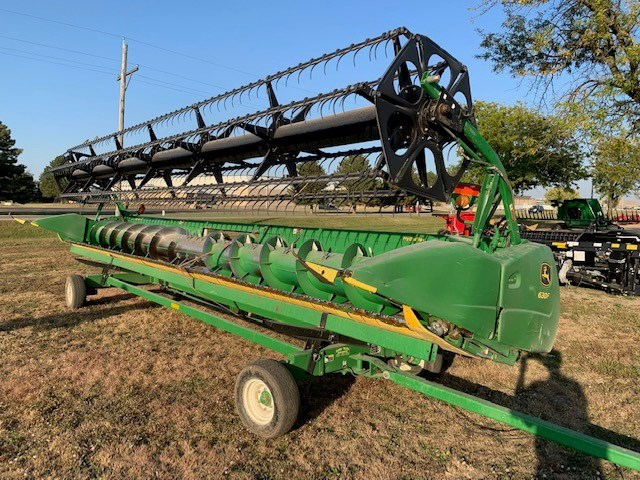 2011 John Deere 630F Header-Auger/Flex For Sale