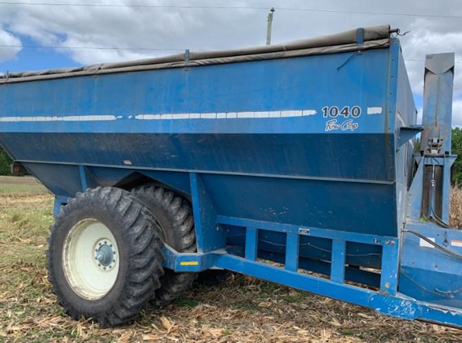Kinze 1040 Grain Cart For Sale