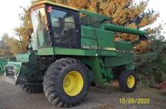Combine For Sale 1981 John Deere 7720