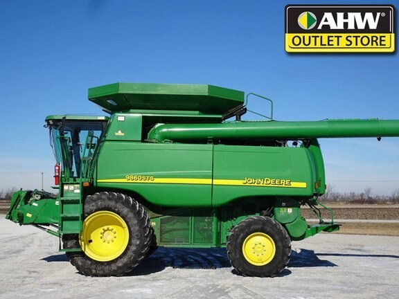2004 John Deere 9860 STS Combine For Sale