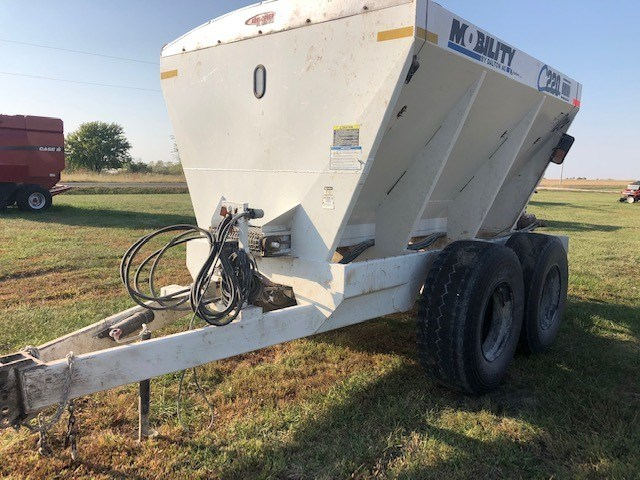 2018 Dalton C220 Fertilizer Spreader For Sale