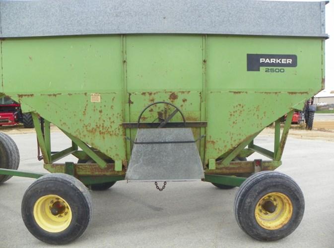 1989 Parker 2500 Gravity Box For Sale