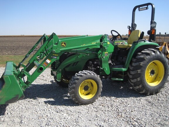 2009 John Deere 4520 Tractor - Compact Utility For Sale