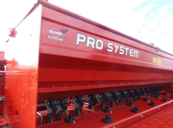 2014 Krause 5200 PRO SYSTEM Grain Drill For Sale