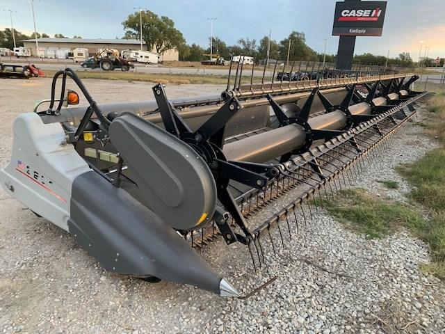 2011 Gleaner 9250-30 Header-Draper/Flex For Sale