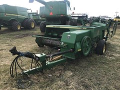 Baler-Square For Sale 2000 John Deere 338