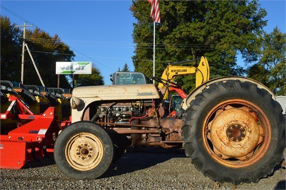 1951 Ferguson TO20 Tractor For Sale