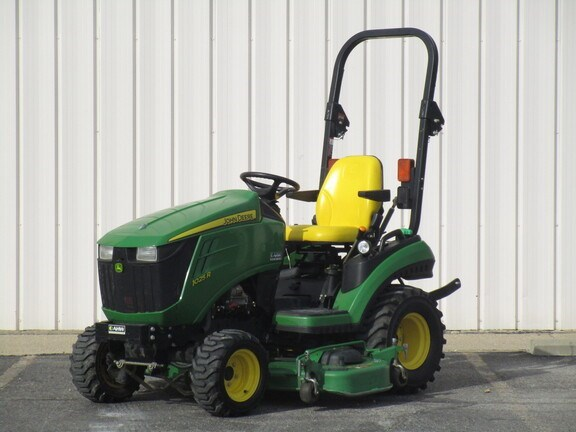2013 John Deere 1025R Tractor - Compact Utility For Sale