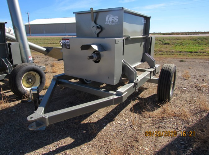 2020 Meyerink Farm Service 1552 Roller Mill For Sale