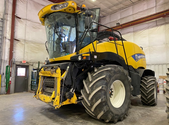 2014 New Holland FR600 Forage Harvester-Self Propelled For Sale