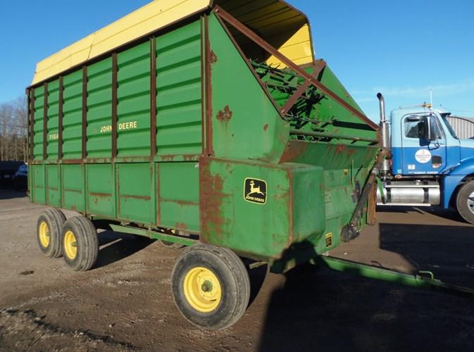 2007 John Deere 716A Forage Box For Sale