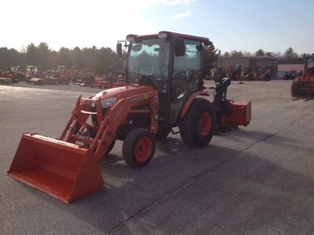 2015 Kubota B3350HSDC Tractor For Sale