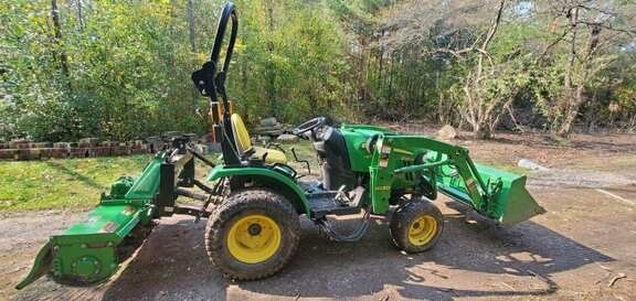 2013 John Deere 2025R Tractor - Compact Utility For Sale