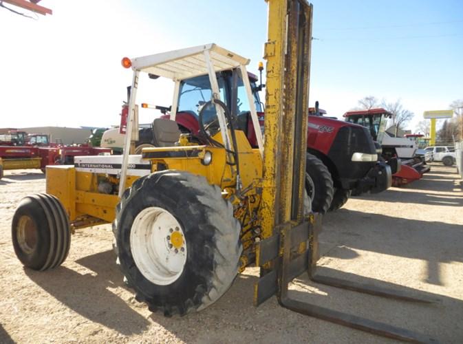 International 4500 Series B Lift Truck/Fork Lift-Industrial For Sale